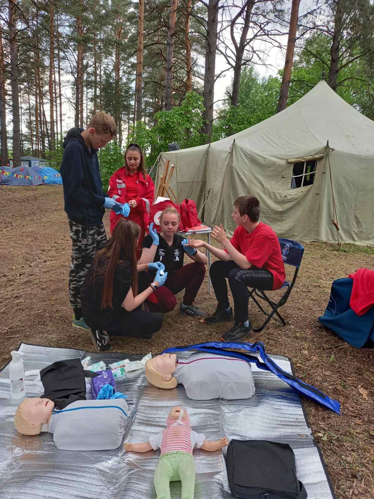 Обучение подростков первой помощи в Гомеле
